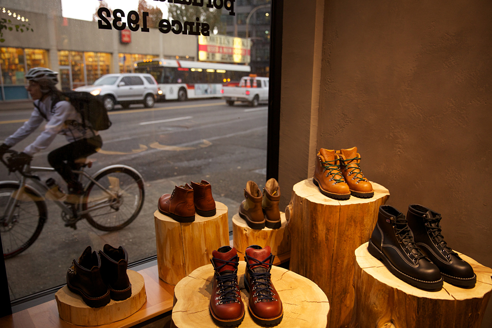 Danner Store at Union Way